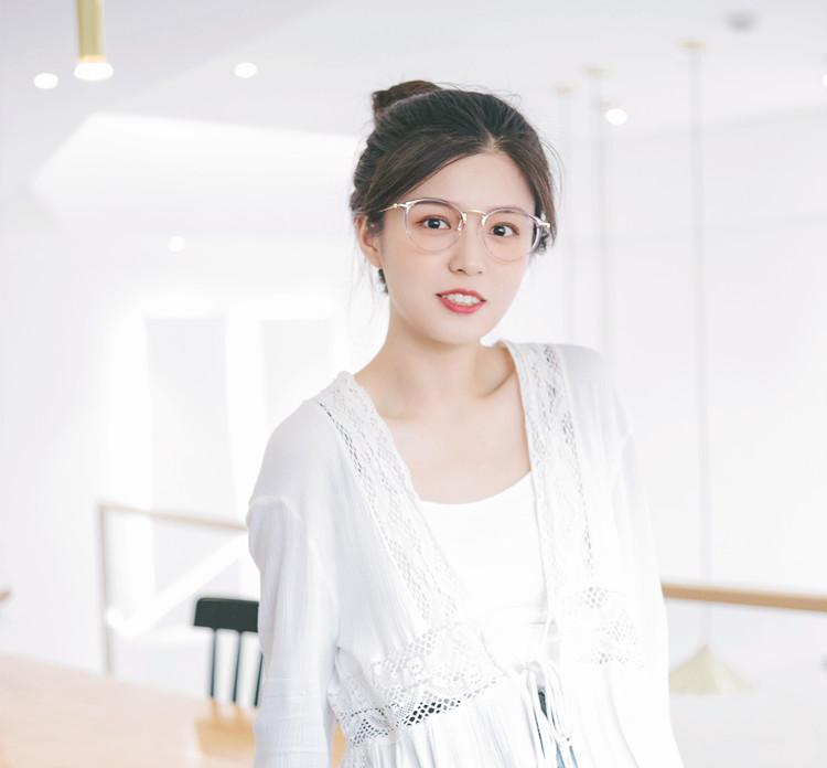 可愛いベアピンク韓国 眼鏡 おすすめ