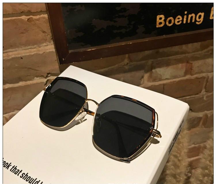 流行り眼鏡 市場サングラス 2019韓国
