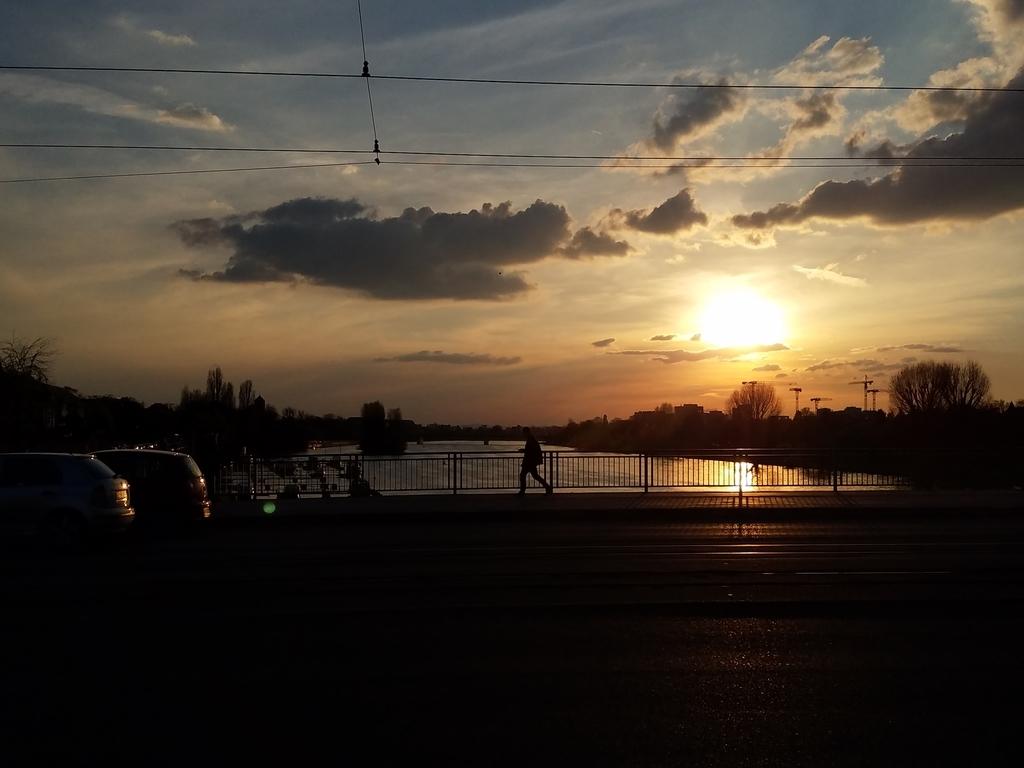 ハイデルベルグの夕日と川