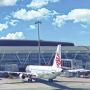 国際線向けの航空機遅延保険が付いたクレジットカード