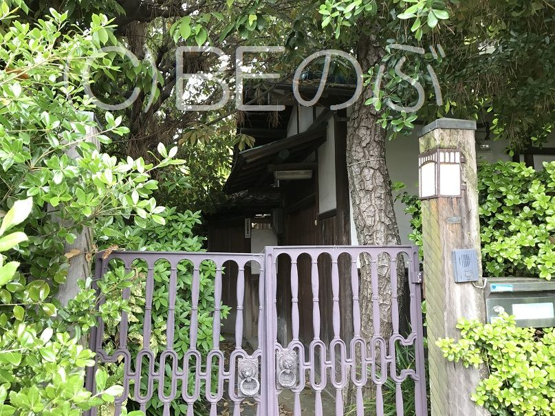 上野芝向ヶ丘町の住宅1