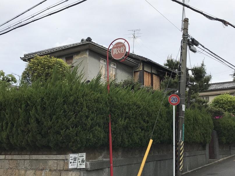 上野芝向ヶ丘町に残る、昭和の洋風建築1