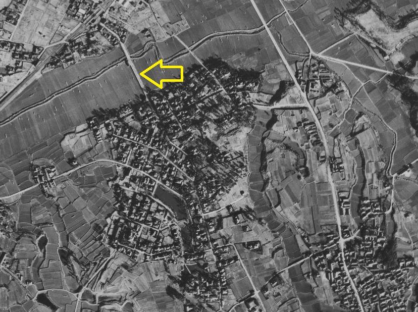 昭和23年の上野芝向ヶ丘町の航空写真と月見橋