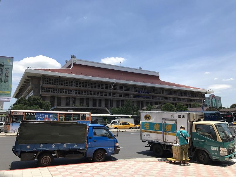 台北駅(台北車站)外観その2