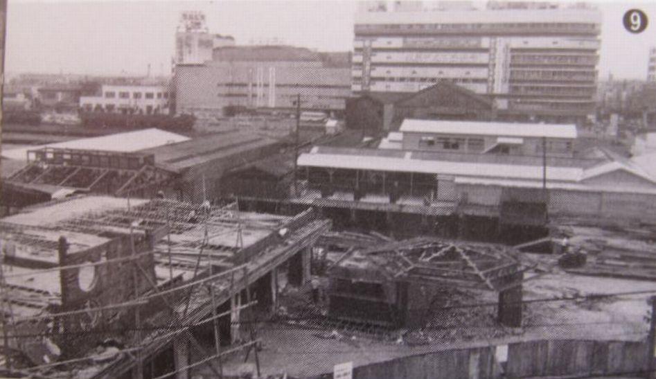 取り壊し中の阪和線天王寺駅