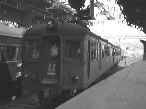 昭和29年(1954)の阪和線天王寺駅