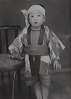 横山やすし3歳の写真