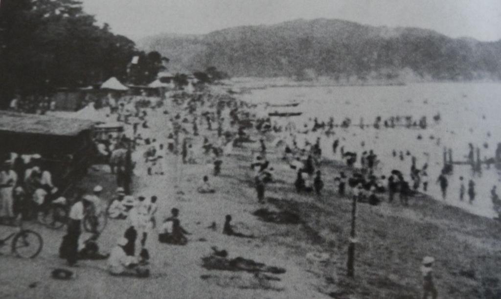 昭和初期の洲本大浜海水浴場