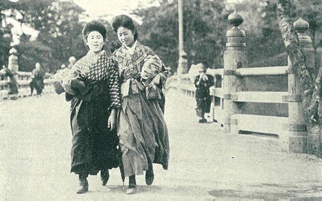 大正時代の女学生