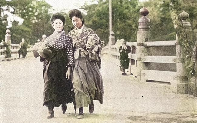 『少女画報』1913(大正2)年12月の女学生カラー化