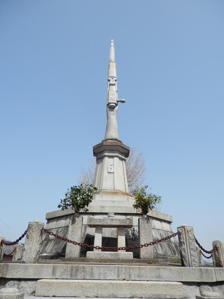南あわじ市の忠魂碑
