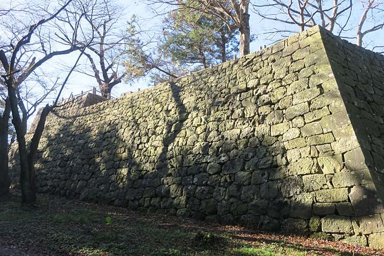 村上城 本丸石垣