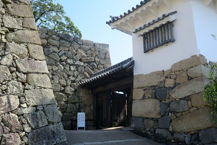 姫路城 りの門とへの櫓