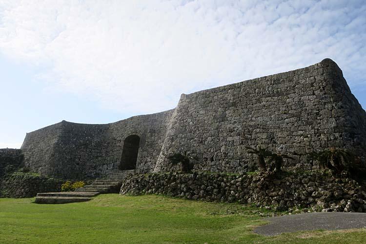 中城城 一の郭城壁