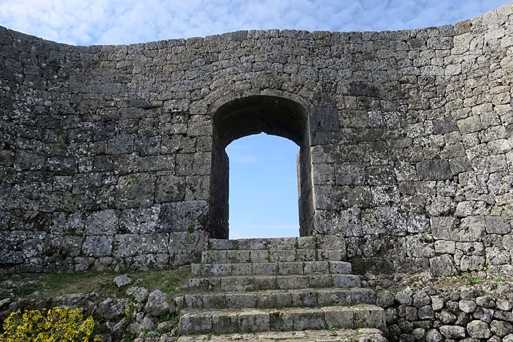 中城城 一の郭アーチ門