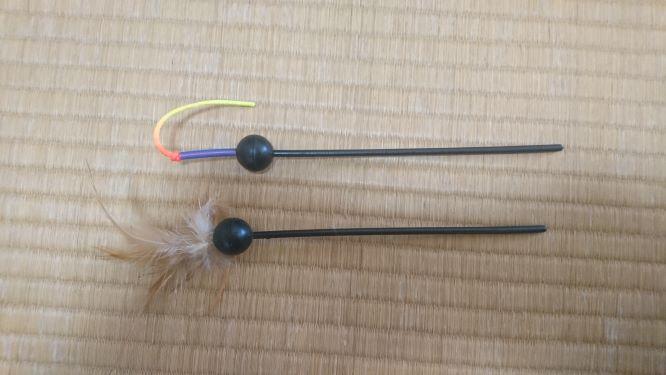 キャッチ・ミー・イフ・ユー・キャン2 猫用電動おもちゃ  2キャッチの付属の羽とひも