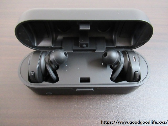 audio-technica ATH-CKR7TW 3Dループサポート装着時3