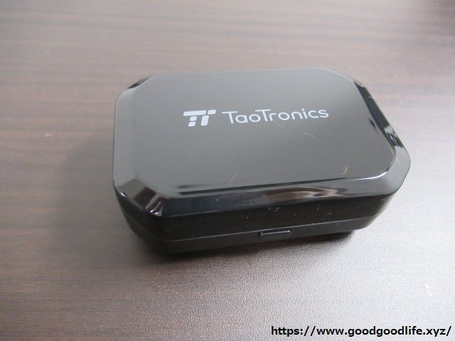 TaoTronics TT-BH052 充電ケース1