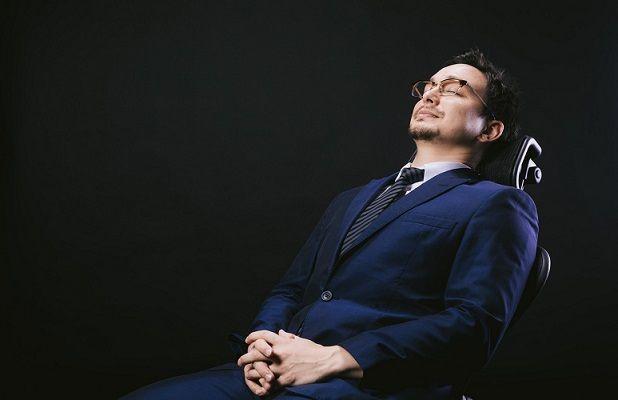 短時間の睡眠をする個人事業主