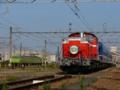 [鉄道][DD51]2004-07-04 拝島の踏切にDD51来たる