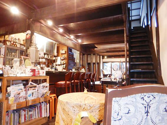 町家を改装したカフェの写真