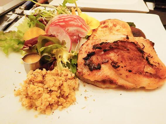 鶏もも肉と温野菜のグリル