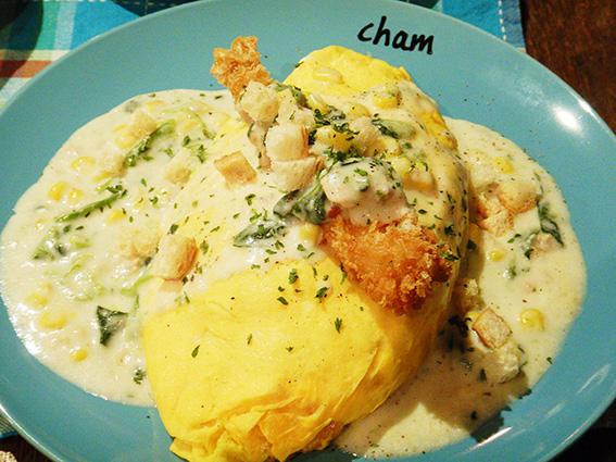 Cafe&Bar CHAMのオムライス