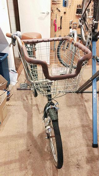 カゴを加工した犬用自転車