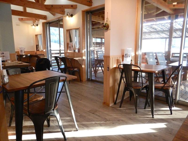 Wan Cafe Tambaの店内