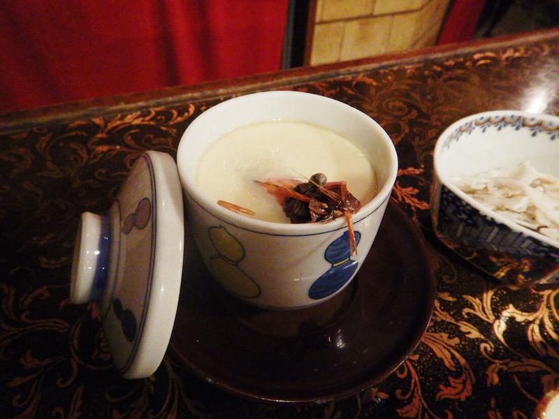 豪華なエビ入り茶碗蒸し