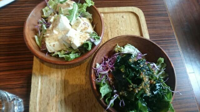 6日目昼食サラダ