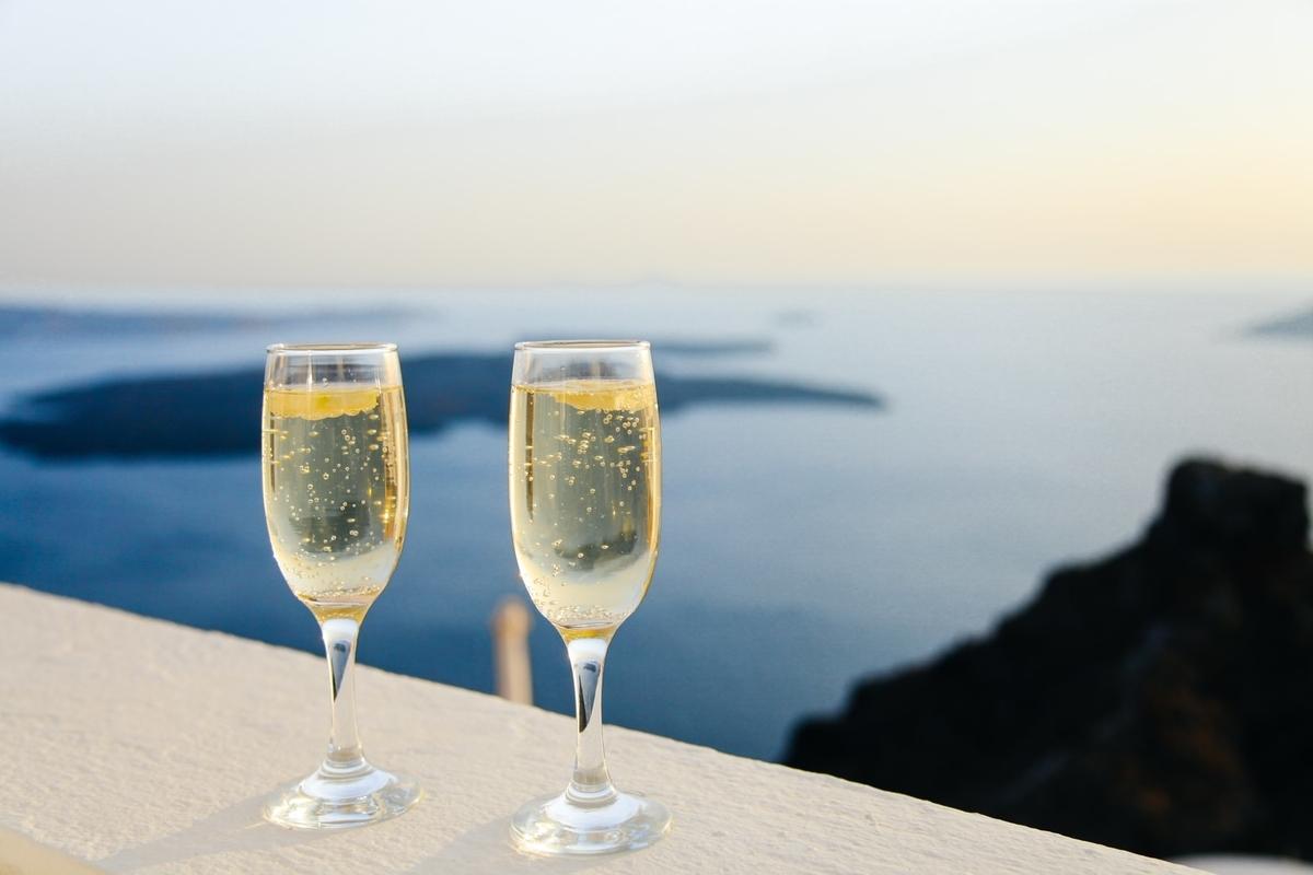シャンパンを徹底解説!主な価格帯や上手な選び方をご紹介!|theDANN media