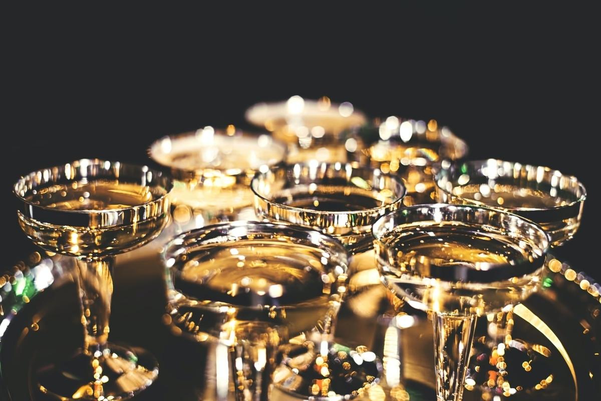 高級シャンパンをご紹介!気になる味わいや香りは?|theDANN media