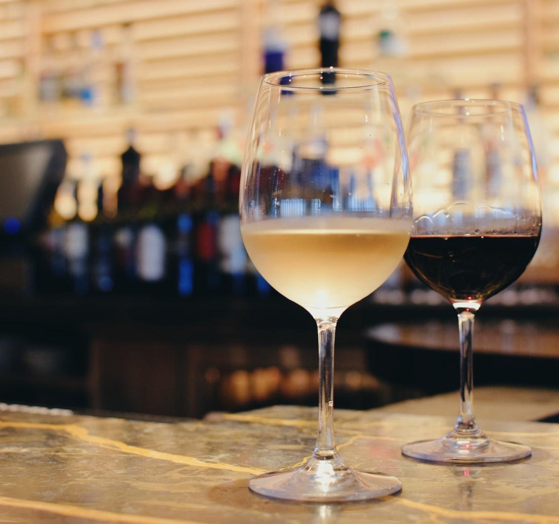 赤ワインと白ワインの違い|theDANN media