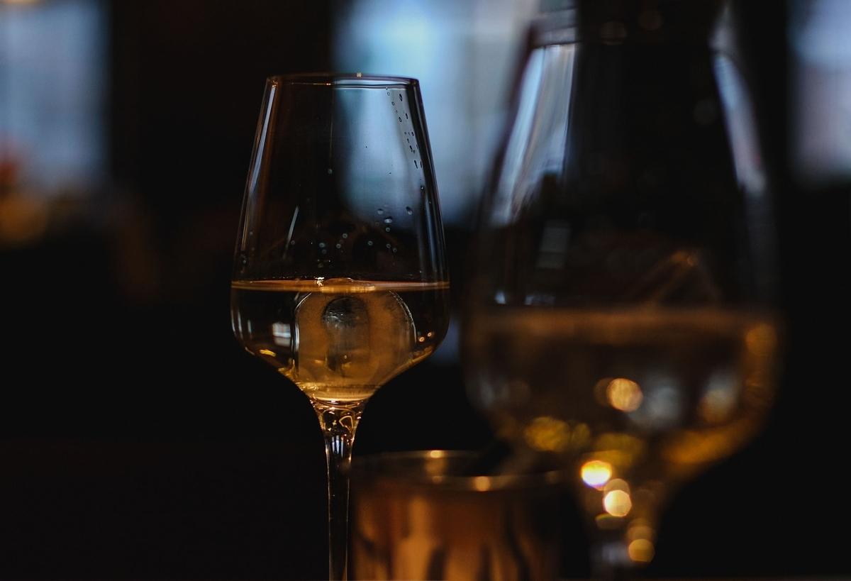 ゲヴェルツ・トラミ・ネールのワインを解説!香りや味わいは?|theDANN media