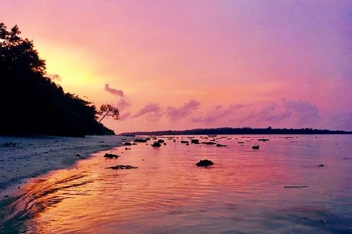 アンダマンニコバル諸島のハブロック島にあるビーチで見た綺麗な夕焼けの写真