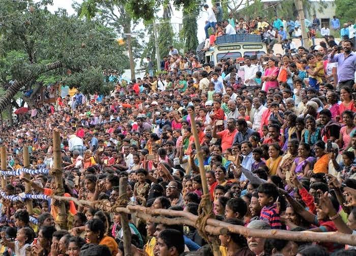 マイソールのダサラのパレードの観客