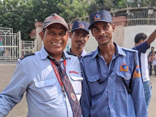 ジャワハーラール・ネルー・スタジアムのセキュリティーの人たち