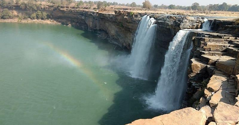 インドのナイアガラと呼ばれるチトラコットの滝