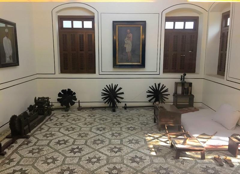 マニバワンのガンジーの部屋