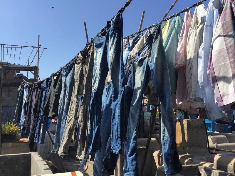 ドービーガートの洗濯物(デニム)