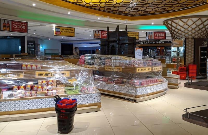ムンバイ空港内の免税店(閉鎖中)2
