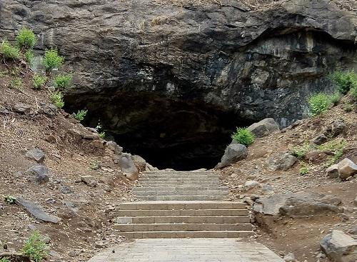 エレファンタ島石窟寺院 第5窟