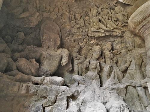 カイラサ山のシヴァ神のパールヴァーティー神
