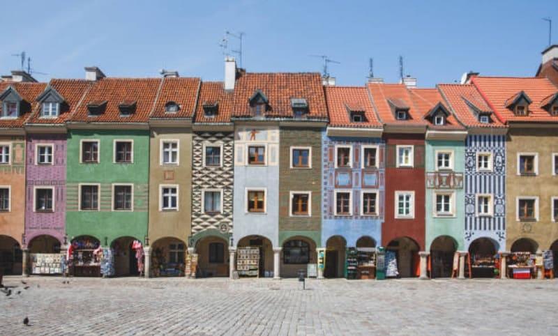 狭い家(ポーランド)