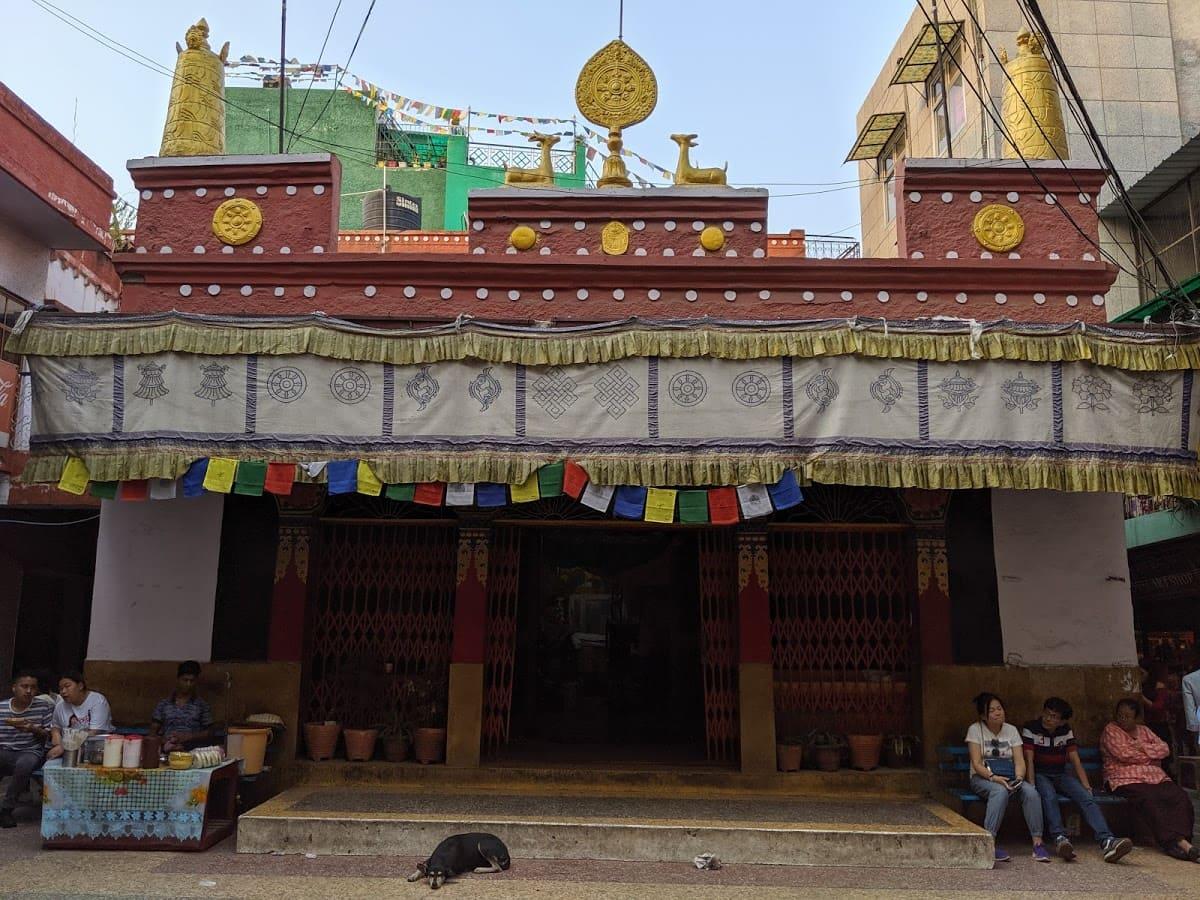 デリーのチベット街にあるチベット寺院