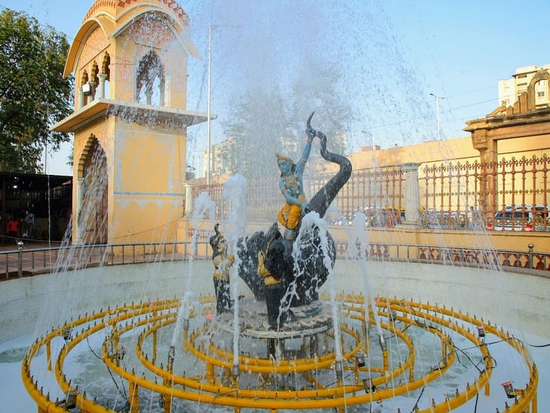 クリシュナの噴水