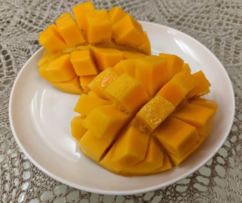 Kesar Mango (ケーサルマンゴー)
