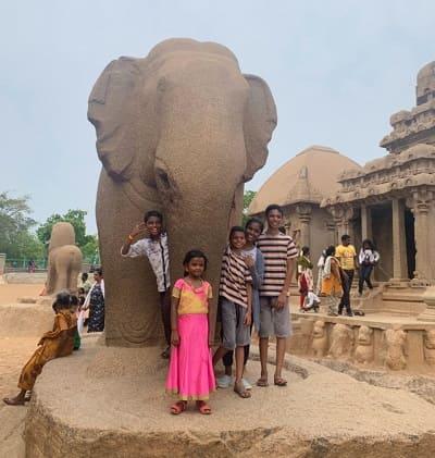 ファイブラタの象の彫刻