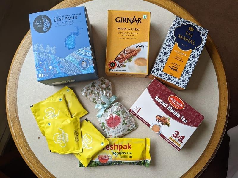 インドから持参したコーヒーやチャーイ、紅茶